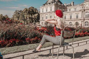 Sarah Loven sitting at Luxembourg Jardin. La Jardin preset applied.